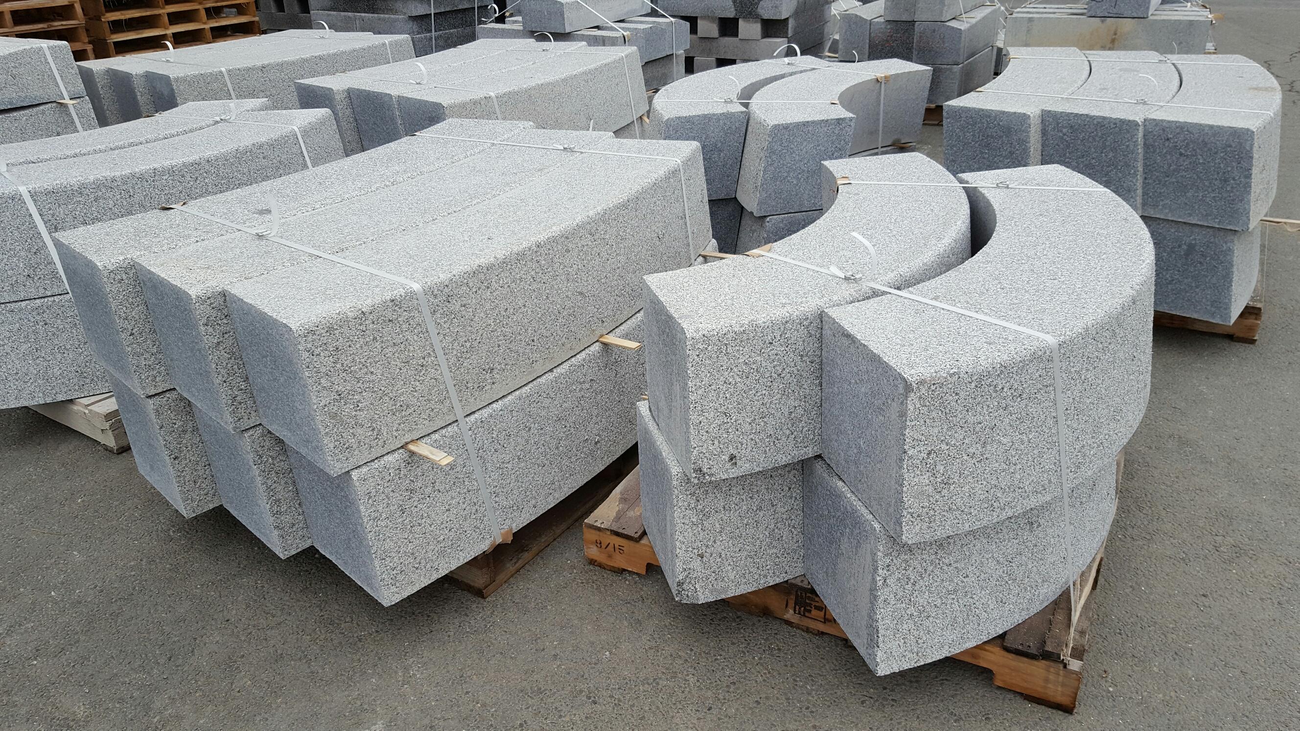 les bordures la g n rale du granit. Black Bedroom Furniture Sets. Home Design Ideas